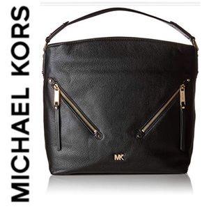 🆕NWT! Michael Kors Evie Leather Hobo